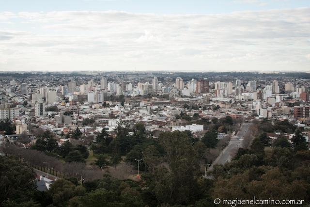 Vista de la ciudad de Tandil desde el Parque Independencia.